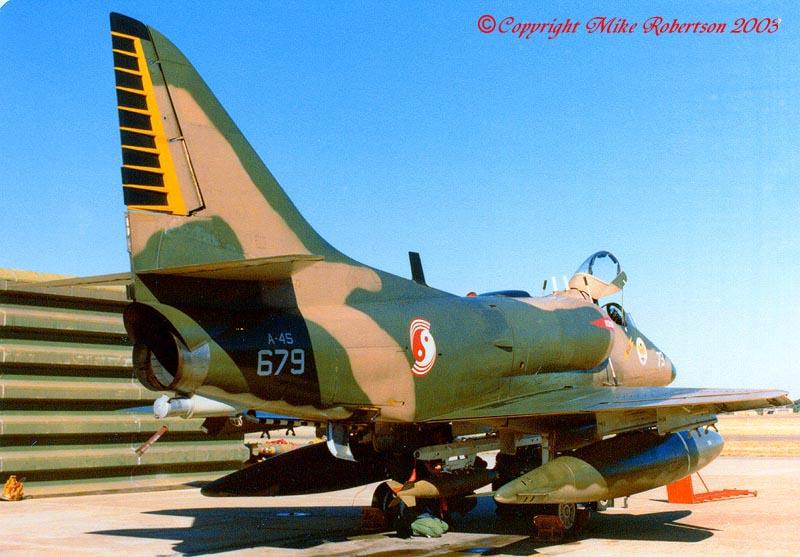 skyhawks-00