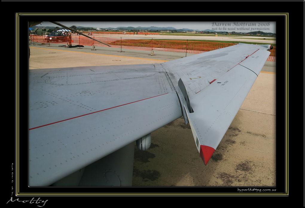 Mottys-ROKAF-F-4E-Details-14_2007_10_06_151-LR.jpg